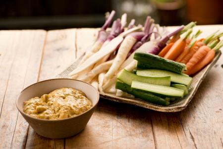 日野菜、きゅうり、にんじん 鯉の旨煮ディップ カレー風味