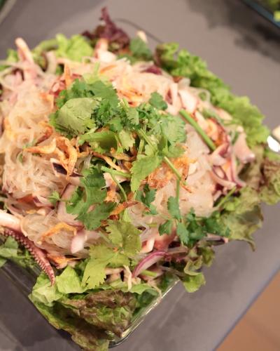きじまさんの海鮮春雨サラダ